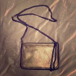 Silver/Gray Sleek Chain Crossbody Bag